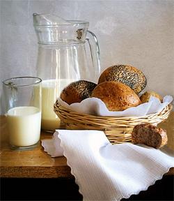 хлеб-молоко